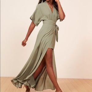 REFORMATION: Petites Winslow Dress